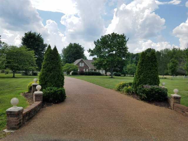 $879,900 - 3Br/3Ba -  for Sale in Kimberly Acres 2b, Mount Juliet