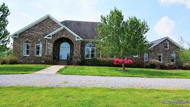 $729,000 - 4Br/5Ba -  for Sale in None, Clarksville