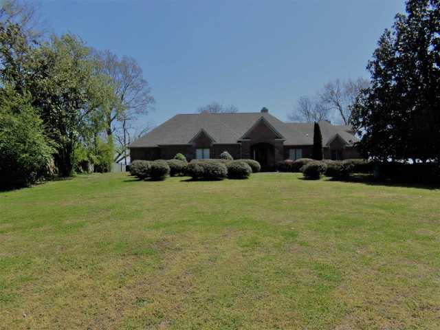 $1,095,000 - 4Br/3Ba -  for Sale in Bluegrass Est Sec 1, Hendersonville