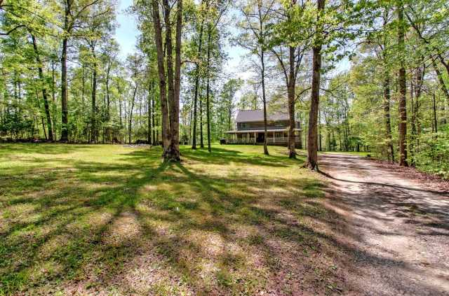 $599,000 - 3Br/3Ba -  for Sale in Interstate W Ranchettes, Kingston Springs