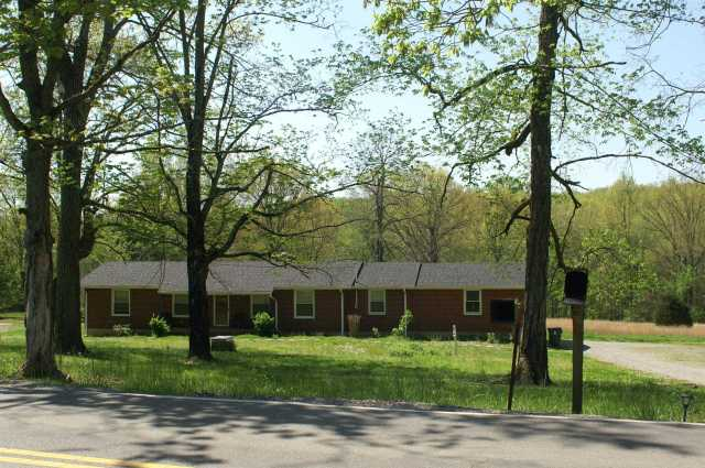 $395,000 - 3Br/2Ba -  for Sale in 10 Acres, Cane Ridge