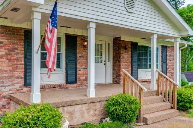 $300,000 - 3Br/2Ba -  for Sale in Hillsboro Acres, Franklin