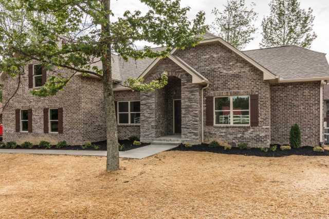 $329,000 - 3Br/2Ba -  for Sale in Dogwood Trace, Greenbrier