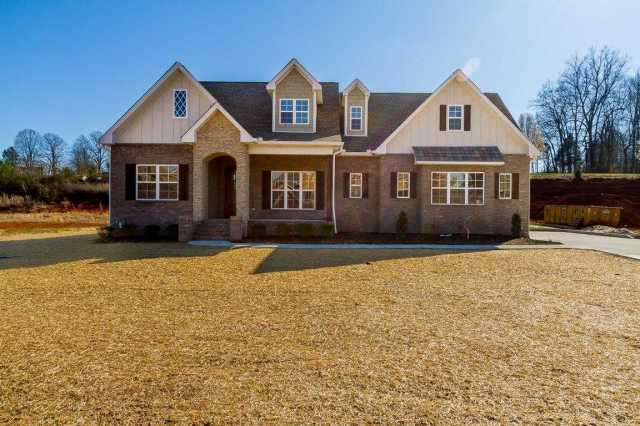$419,900 - 4Br/3Ba -  for Sale in Oak Pointe Phase Four, Pleasant View