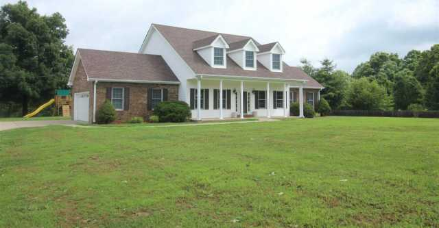 $399,900 - 3Br/3Ba -  for Sale in Yellow Ck Acres, Dickson