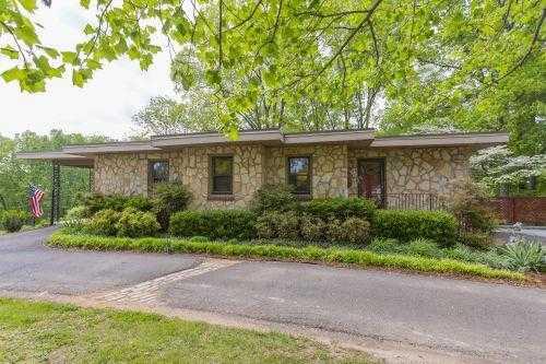 $425,000 - 4Br/3Ba -  for Sale in 4 Acres, Pegram