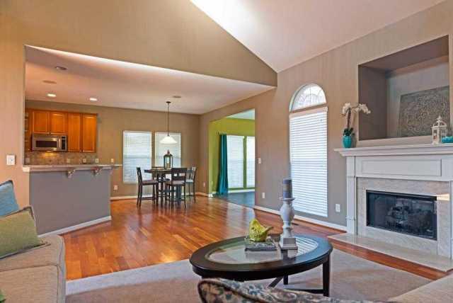 $424,900 - 4Br/4Ba -  for Sale in Woodsong Sec 1 Ph 1, Lavergne