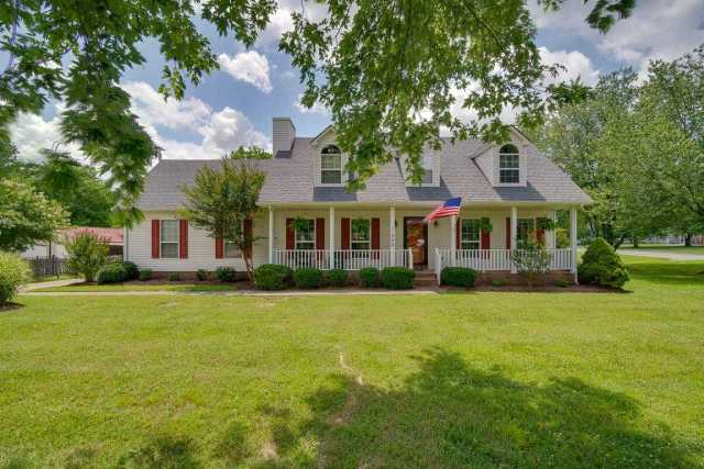 $279,999 - 3Br/3Ba -  for Sale in Deep Wood Glen, Goodlettsville