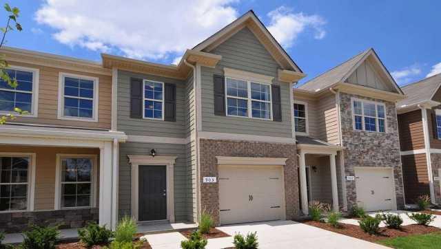 $234,990 - 3Br/3Ba -  for Sale in Woodmont, Smyrna