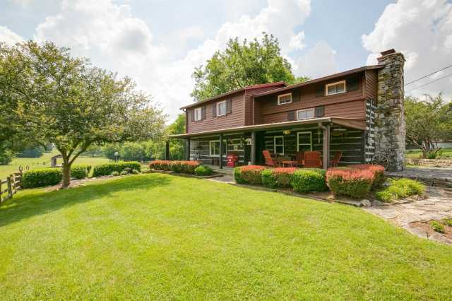 $999,900 - 3Br/3Ba -  for Sale in N/a, Lebanon