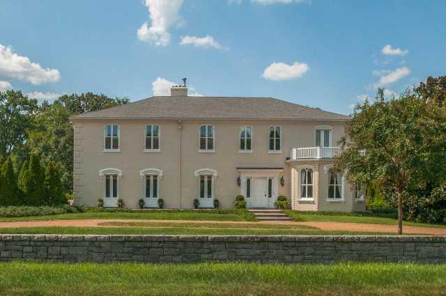 $2,500,000 - 5Br/6Ba -  for Sale in Belle Meade, Nashville