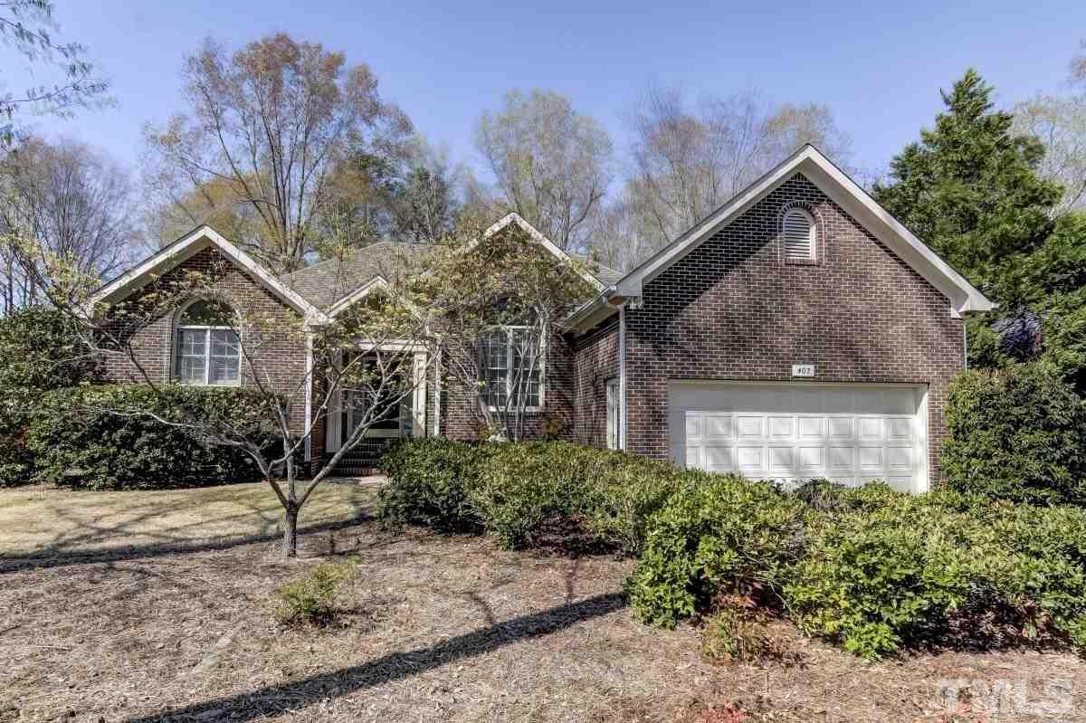 $550,000 - 3Br/2Ba -  for Sale in The Oaks, Chapel Hill