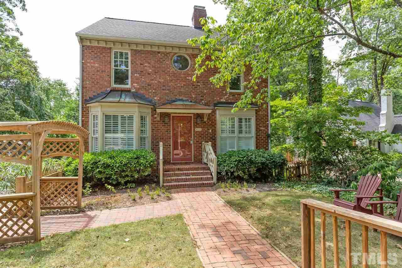 $550,000 - 4Br/3Ba -  for Sale in Dixie Forest, Raleigh