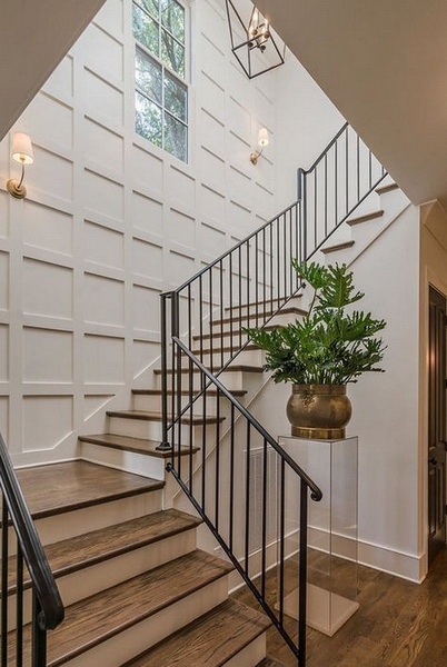 21 Chic Staircase Wall Decoration Ideas Listing More