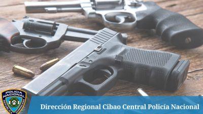 POLICÍA EN SANTIAGO SORPRENDE ELEMENTO SOSPECHOSO CON PISTOLA SIN DOCUMENTOS.