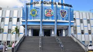 PN apresa a tres hombres por vender bebidas adulteradas en La Vega
