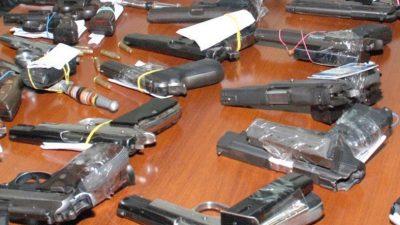 En armería vendían armas incautadas