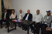 Coalición de Partidos llama a respaldar a Abinader en protesta frente al Congreso