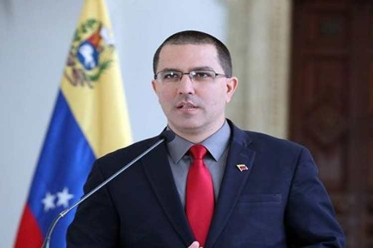 Canciller venezolano denuncia agresiones de Colombia contra el país