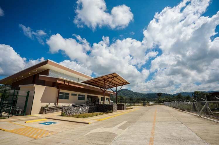 Nuevo aeródromo duplicó llegada de turistas a zona sur de Costa Rica