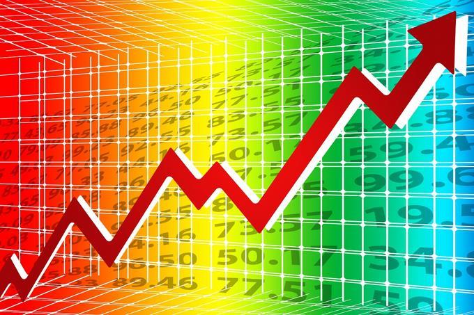 Economía crece 4.7 % en los primeros ocho meses de este año; se siente impacto negativo del sector turístico