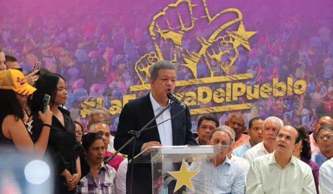 Leonelistas denuncian retraso en discurso de Leonel Fernández se debió a boicot por parte del Gobierno