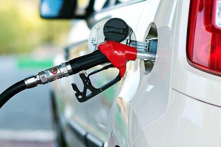 Liberación del precio de combustibles golpea bolsillos en Ecuador