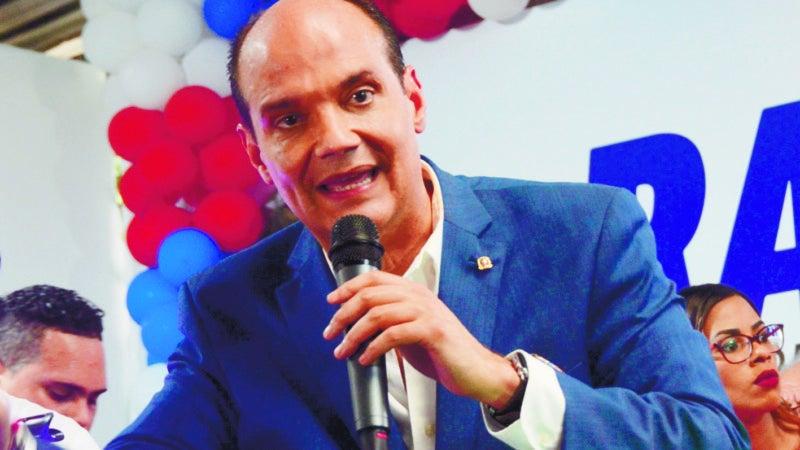 Ramfis reta a un debate a Gonzalo, Leonel y Abinader