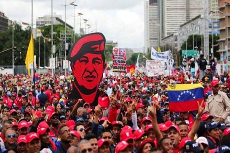 Venezuela marcha contra planes desestabilizadores de la derecha
