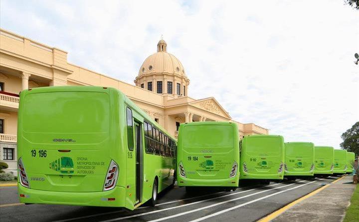 Presidente Danilo Medina entrega 70 autobuses más a la OMSA sin esclarecer  el escándalo de corrupción revelado por el abogado Yoniol Ramírez   Listín  USA    El Periodico de Los Dominicanos En New York…
