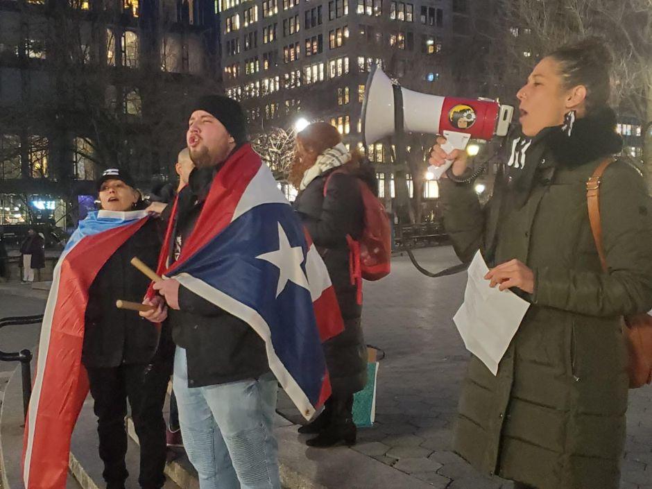 Diáspora puertorriqueña en Nueva York se une a las protestas contra el gobierno de la isla
