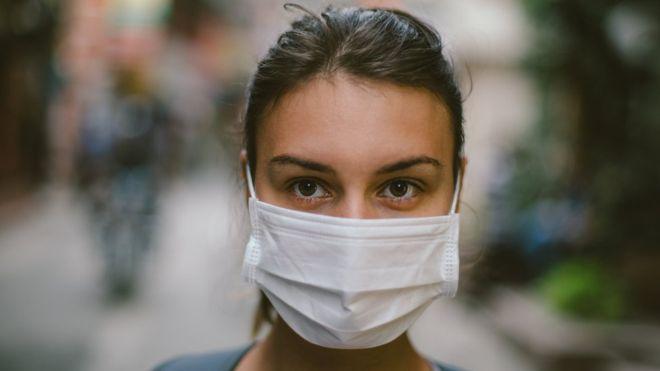"""Coronavirus: ¿pueden las mascarillas detener la propagación de la """"neumonía de Wuhan""""?"""