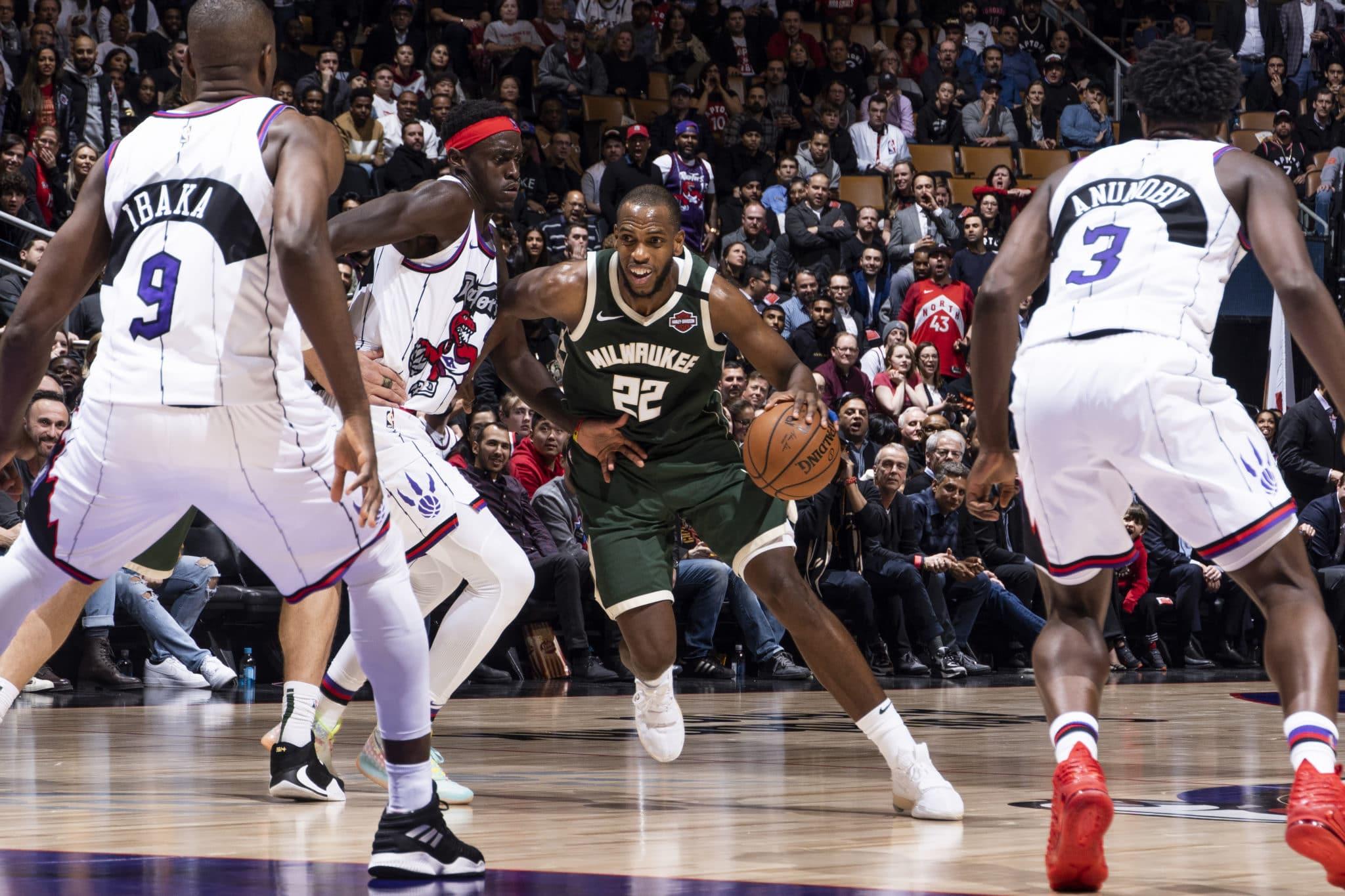 NBA: Bucks los «reyes» de la Liga y Lakers tienen a James como salvador