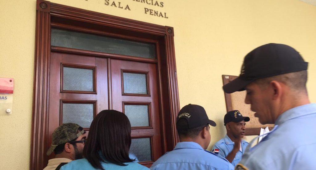 Tribunal dispone liberación coronel Guzmán Peralta y técnico Manuel Regalado
