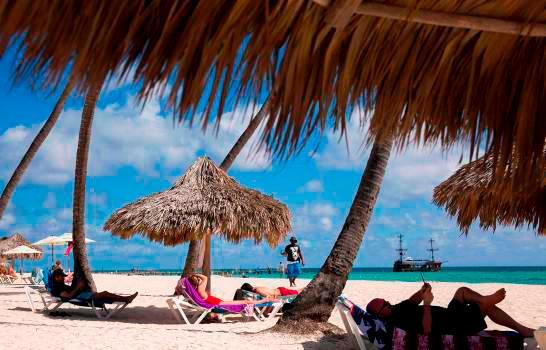 Llegada de turistas cayó 6.7 % en dos primeros meses del año