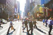 Recuperación económica NYC será hasta el 2024; dominicanos se verían afectados