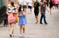 La mascarilla en Primaria, ¿deja de ser obligatoria?: Así es la normativa de Madrid que confunde a padres y colegios