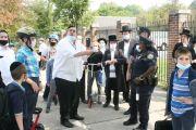 Podrían cerrar comercios y escuelas en vecindarios de Brooklyn y Queens por alza de casos de COVID-19