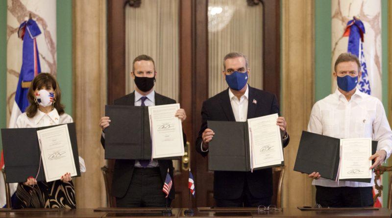 República Dominicana firma trascendental acuerdo de cooperación con Estados Unidos