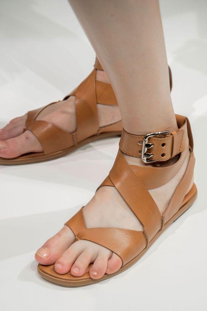 Description. Tendance chaussures été 2017 Sandales Tod\u0027s