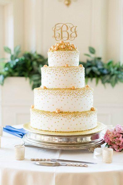 Pièce montée 2017 \u2013 Idée de gâteau de mariage en or \u2013 quatre rangs, gâteau  de mariage avec l\u0027or, motif pointillé et m \u2026
