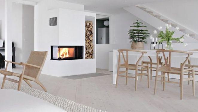 salle manger chemin e moderne d 39 angle dot e d 39 un b cher int gr au mur dans la s. Black Bedroom Furniture Sets. Home Design Ideas