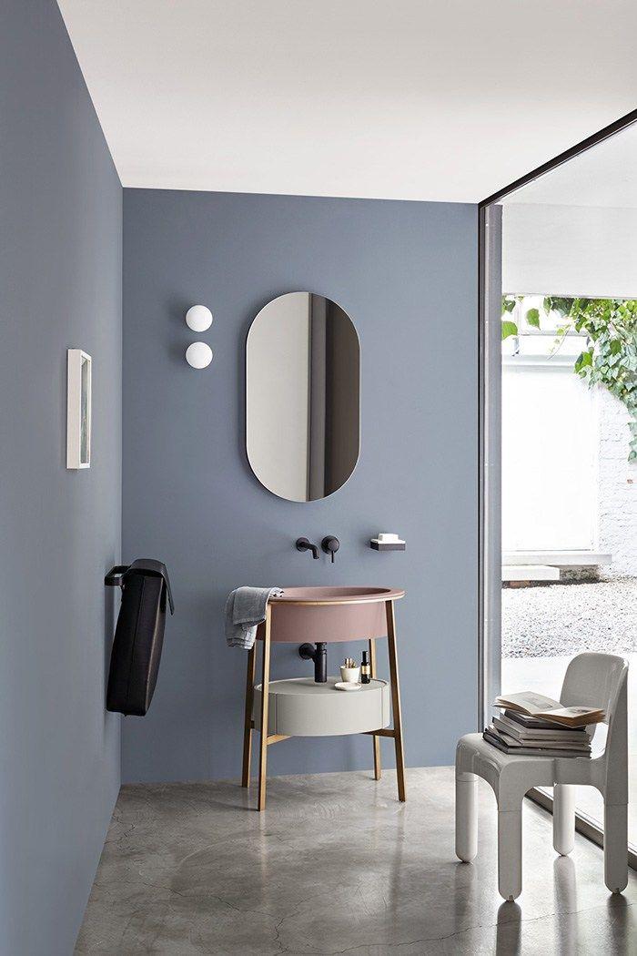 déco salon - salle de bains moderne, bleu gris au mur et lavabo ... - Salle De Bain Bleu Et Gris