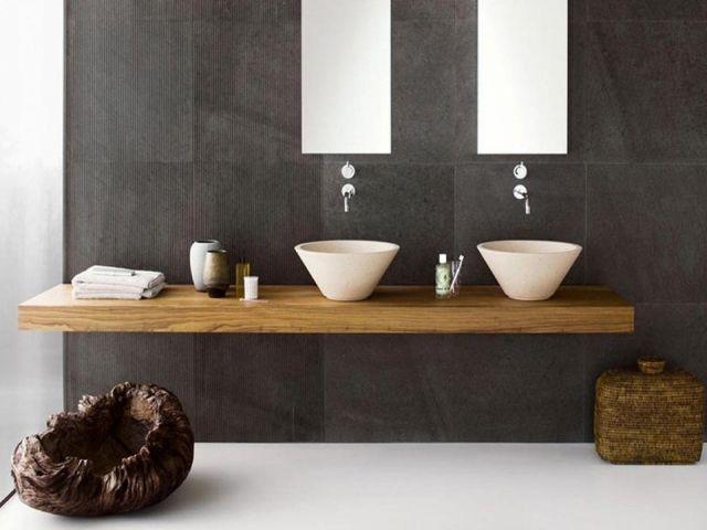 Idée décoration Salle de bain - mobilier en bois et carrelage gris ...