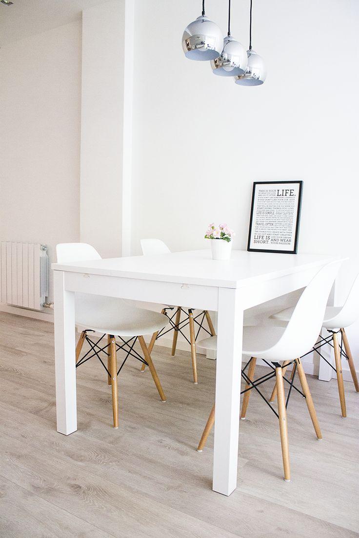 Salle manger des chaises classiques chaises de table - Decoration centre de table salle a manger ...