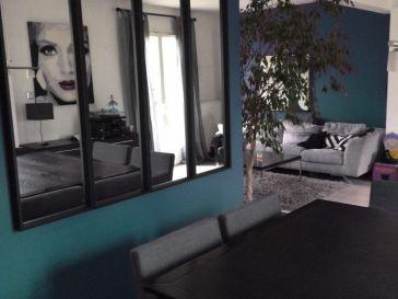 d co salon whistler petite salon tower station in black leading inspiration. Black Bedroom Furniture Sets. Home Design Ideas