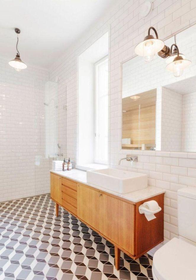 Id e d coration salle de bain meuble salle de bain bois for Lampe salle de bain