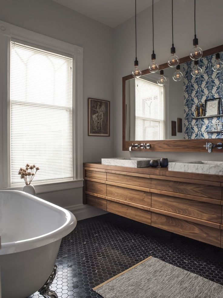 ide dcoration salle de bain mosaque salle de bain hexagonale meuble sous vasque en bois massif et grand m - Grande Salle De Bain Familiale