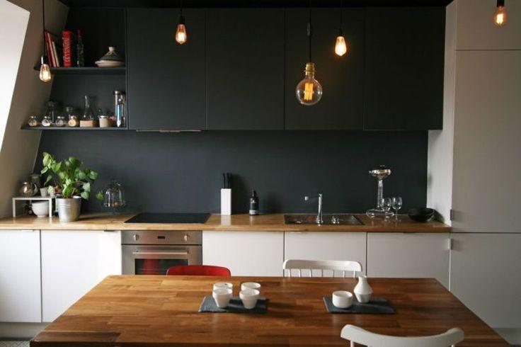 déco salon - cuisine blanche avec plan de travail en bois et mur ... - Cuisine Blanche Avec Plan De Travail Bois