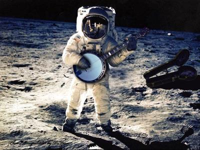 Astronaut Banjo.Jpg